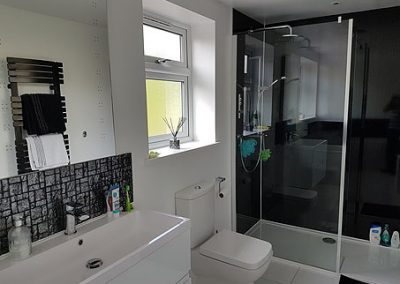 house-refurbishment-beautiful-bathroom-renovation